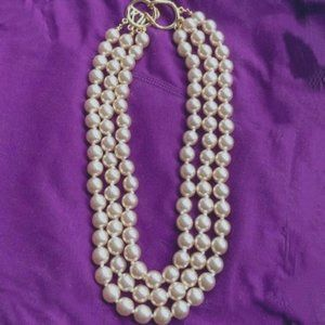 Kenneth Jay Lane Classic Pearl Necklace